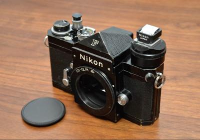 Nikonfblack645